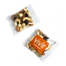 Trail Yoghurt Nut mix in 50g bag